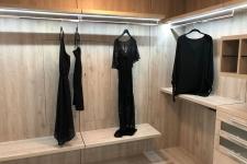 Custom-walk-in-closet-255-1