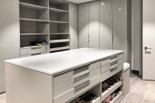 Custom-walk-in-closet-259-1
