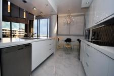 custom-kitchen-13