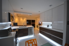 custom-kitchen-09