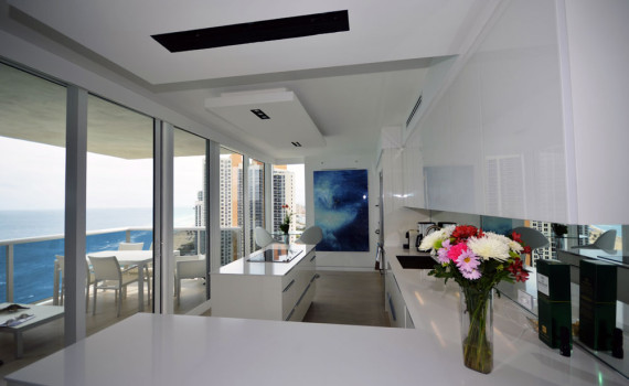 Custom Kitchen Design In Miami